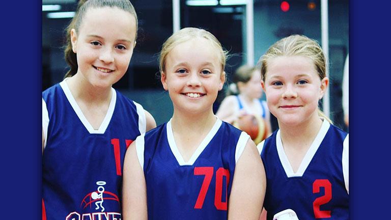 Girls, come and play basketball